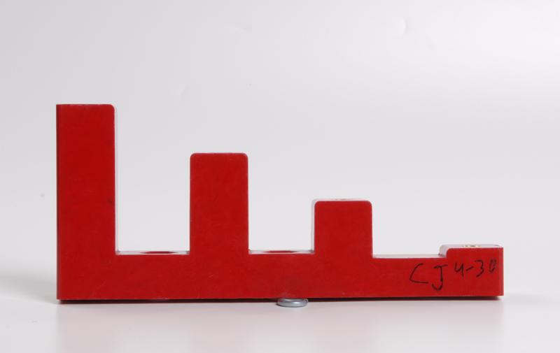 Изолятор ступенчатый ИСв4-30 (М8) силовой ИЭК