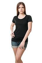 Женская классического кроя футболка, по фигуре, однотонная, черная
