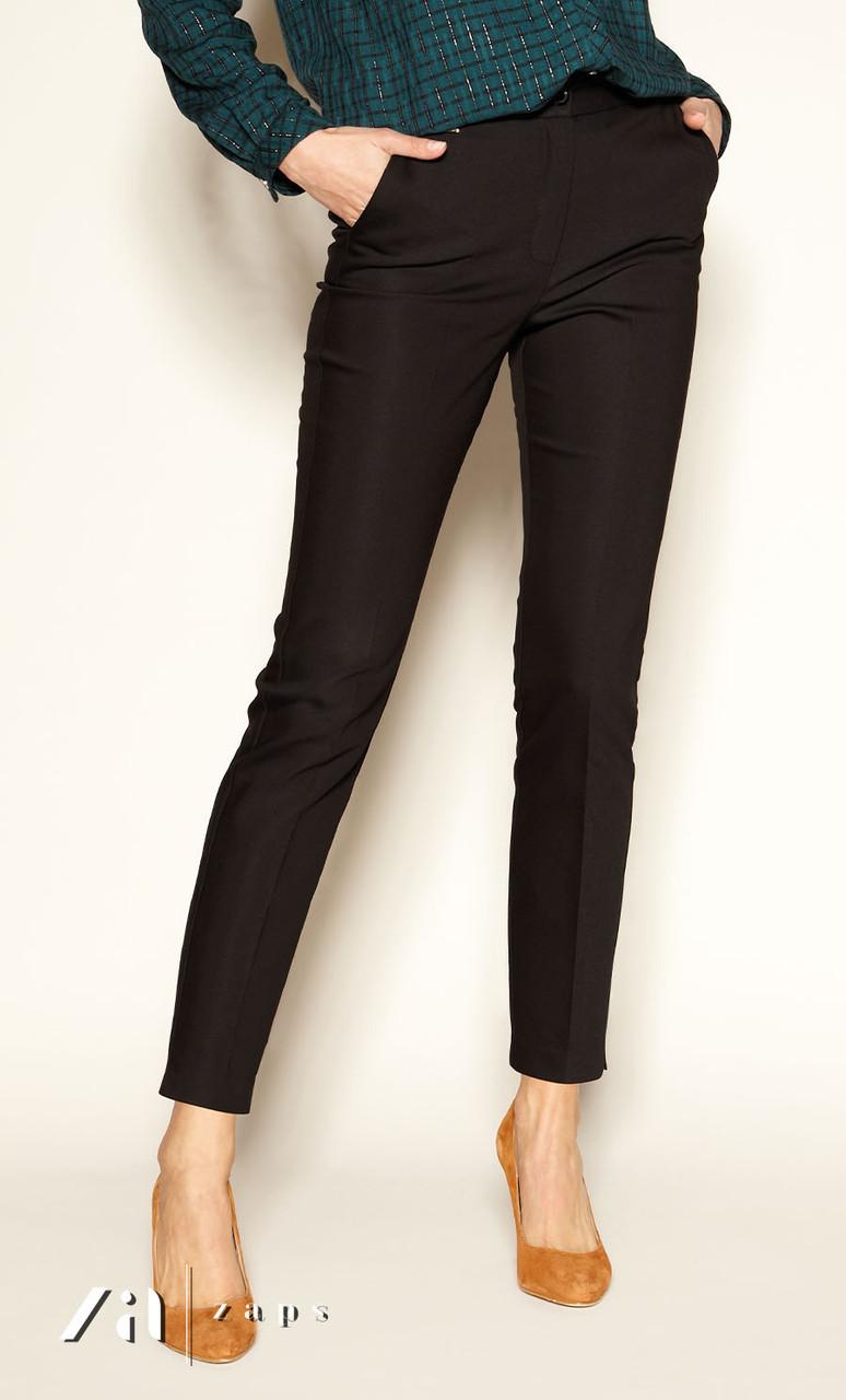Женские классические узкие брюки черного цвета. Модель Lotty Zaps.