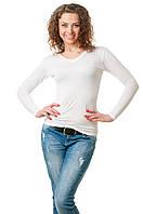 Женская однотонная футболка прилегающего кроя c длинным рукавом и V-образным вырезом, белая