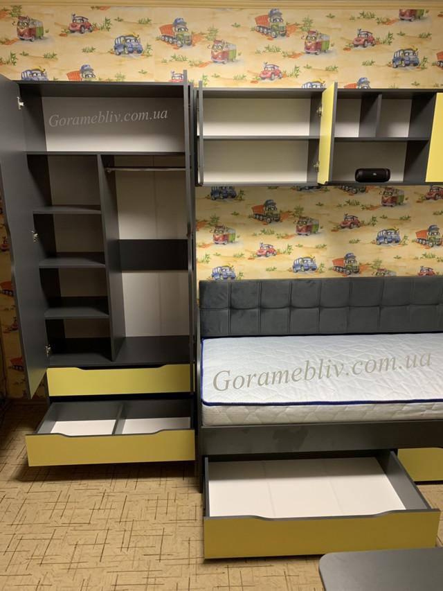 "На фото: детская комната ""Тетрис"" с открытыми дверцами (фото наших покупателей)"