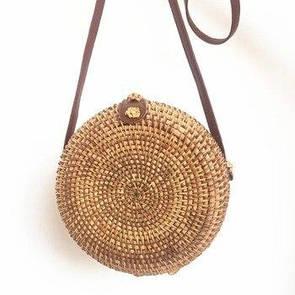 Плетеная круглая сумочка Бали из соломы на ремешке su1415
