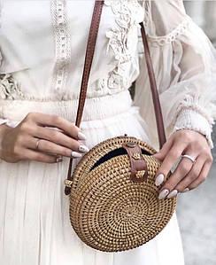 Соломенная круглая сумка Бали из ротанга на ремешке su1313