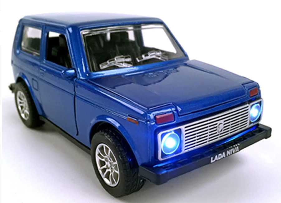 Масштабная модель автомобиля Лада Нива Точная копия 1:24, Ваз 2121. Синяя.