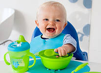 Детская посуда, термоупаковки и принадлежности для кормления
