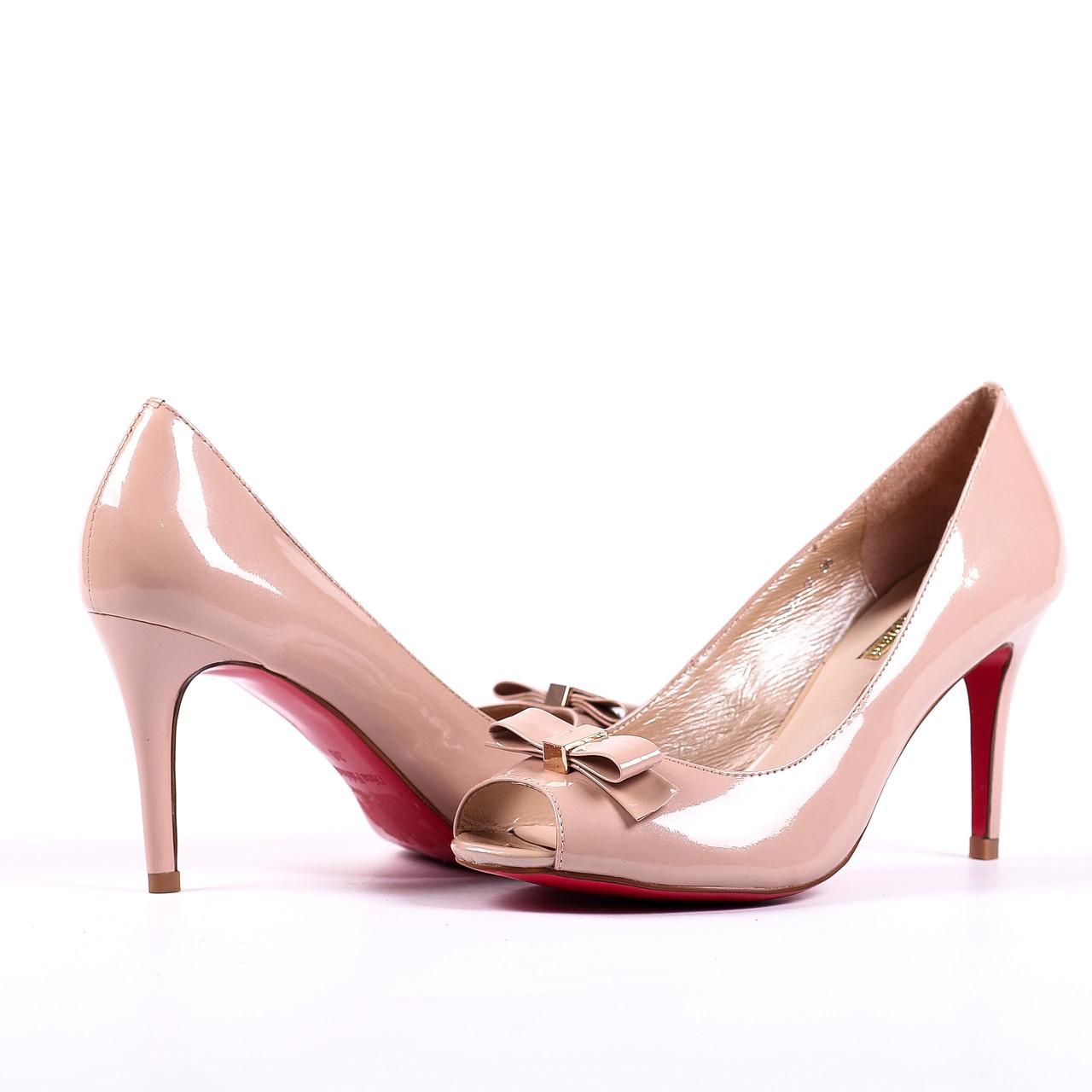 Женские туфли Dina Fabiani на каблуке кожаные бежевые