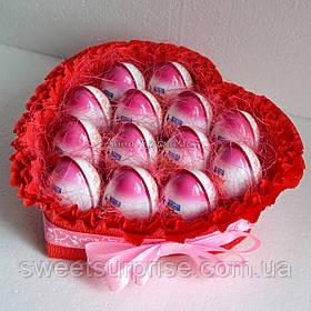 """Оригінальний подарунок для коханої """"Серце з кіндер-сюрпризів"""" (13)"""