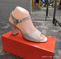 Бежевые кожаные босоножки, 37,38,39 размеры