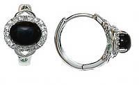 Серьги фирмы Xuping.Цвет: серебряный. Камни:  белый циркон и чёрный агат. Высота серьги: 1,4см. Ширина: 9мм.