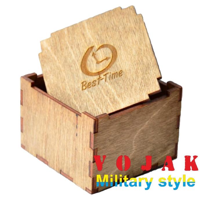 Деревянная коробочка для наручных часов