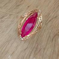 Золотое женское кольцо с рубином