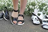 Босоножки летние лаковые. Подошва: черная и белая. Разные расцветки. Размеры: 36-42, код 4655О, фото 3