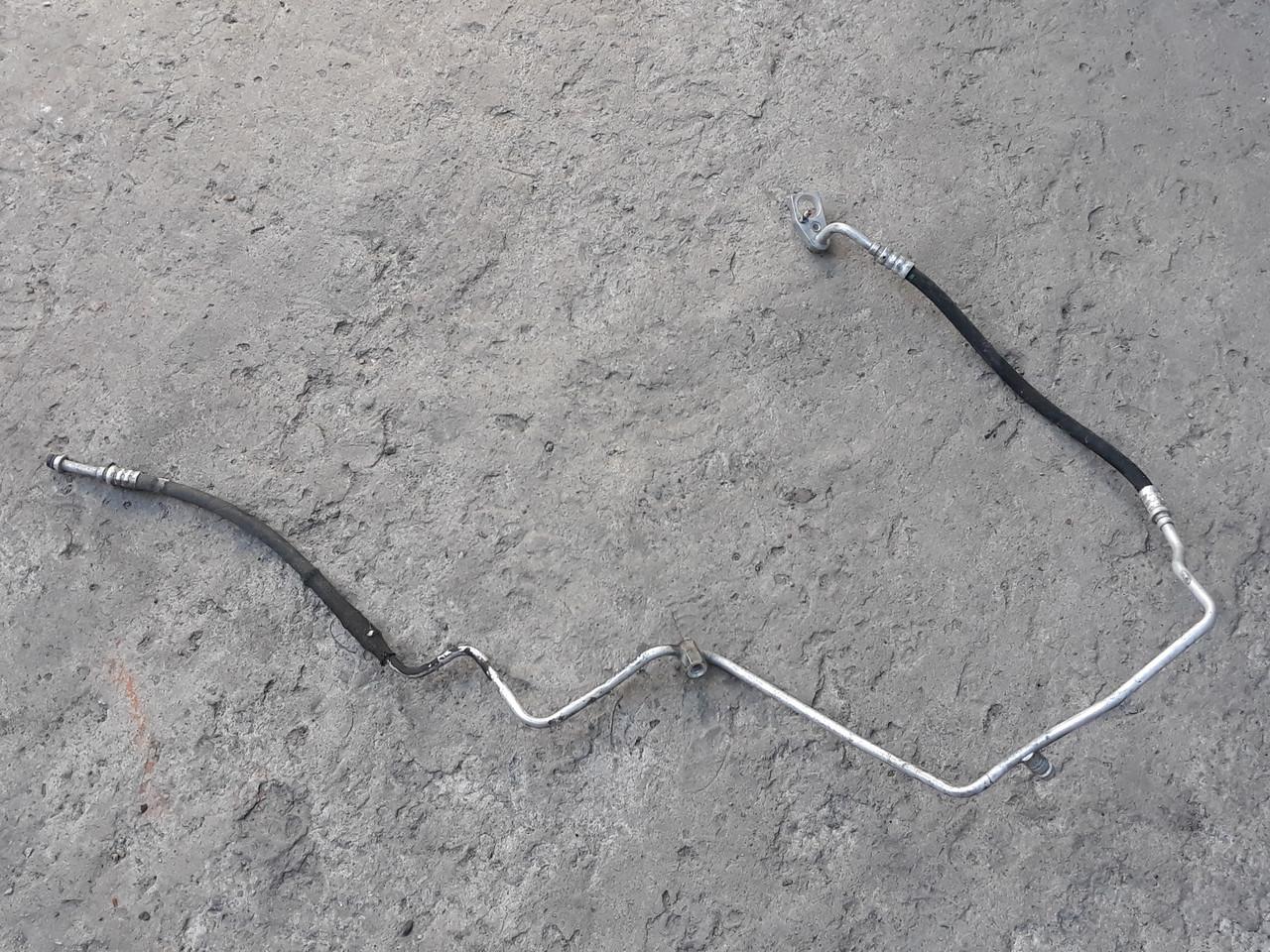 Патрубок трубка кондиционера мерседес 211 Mercedes W211 A2118308215 2118308215