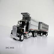 Модель грузовика с прицепом 1:43. Черный грузовик- самосвал 390х58х90мм.