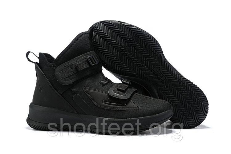 Кроссовки Nike LeBron Soldier 13 SFG EP Triple Black