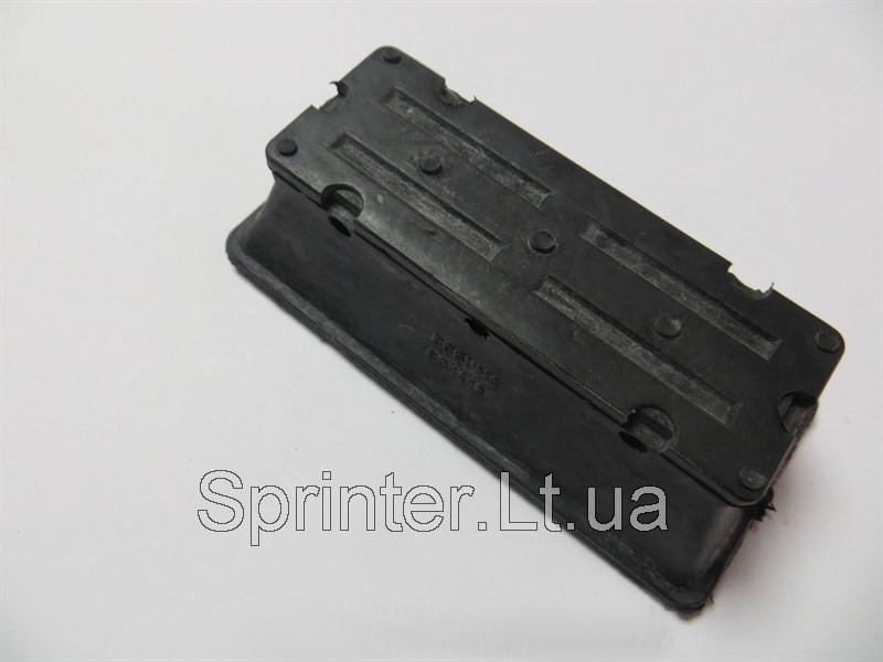 Подушка перед. рессоры (2-х лист), Sprinter 96- низ. L BCGUMA BC1413