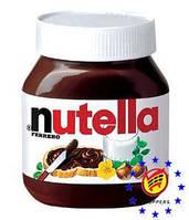 Шоколадная паста FERRERO Nutella  825г