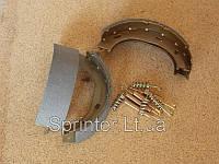 Колодки ручника MB Sprinter 208-316 96-