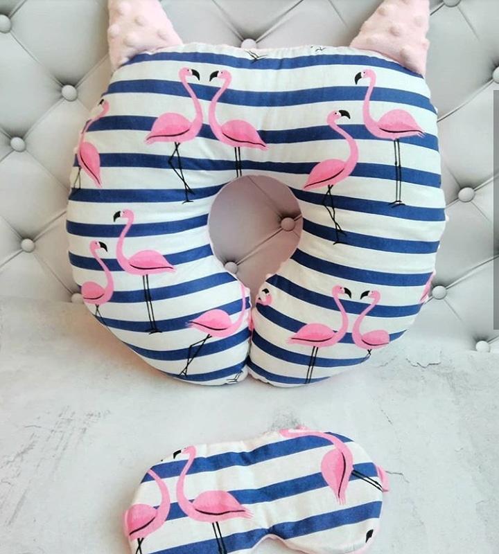 Подушка дорожная для путешествий Фламинго + ПОДАРОК маска для сна