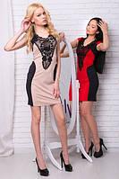 Женское мини платье с черным кружевом