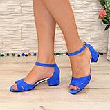Босоножки женские замшевые на невысоком каблуке, цвет электрик, фото 6