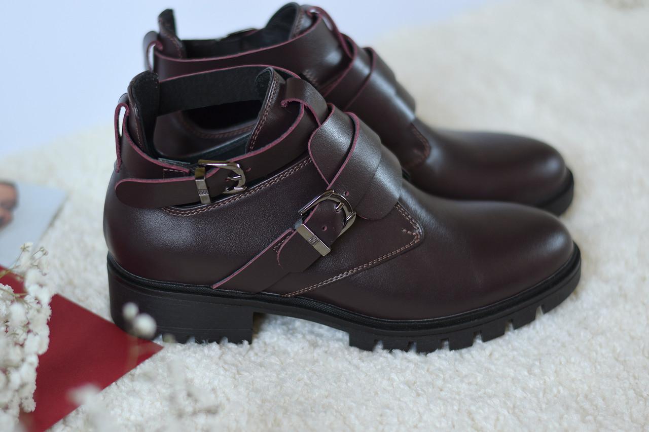 Ботинки цвета марсала ILONA