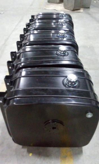 Гидробак сталь (боковой, распред сбоку) 155 л (62*67*40)