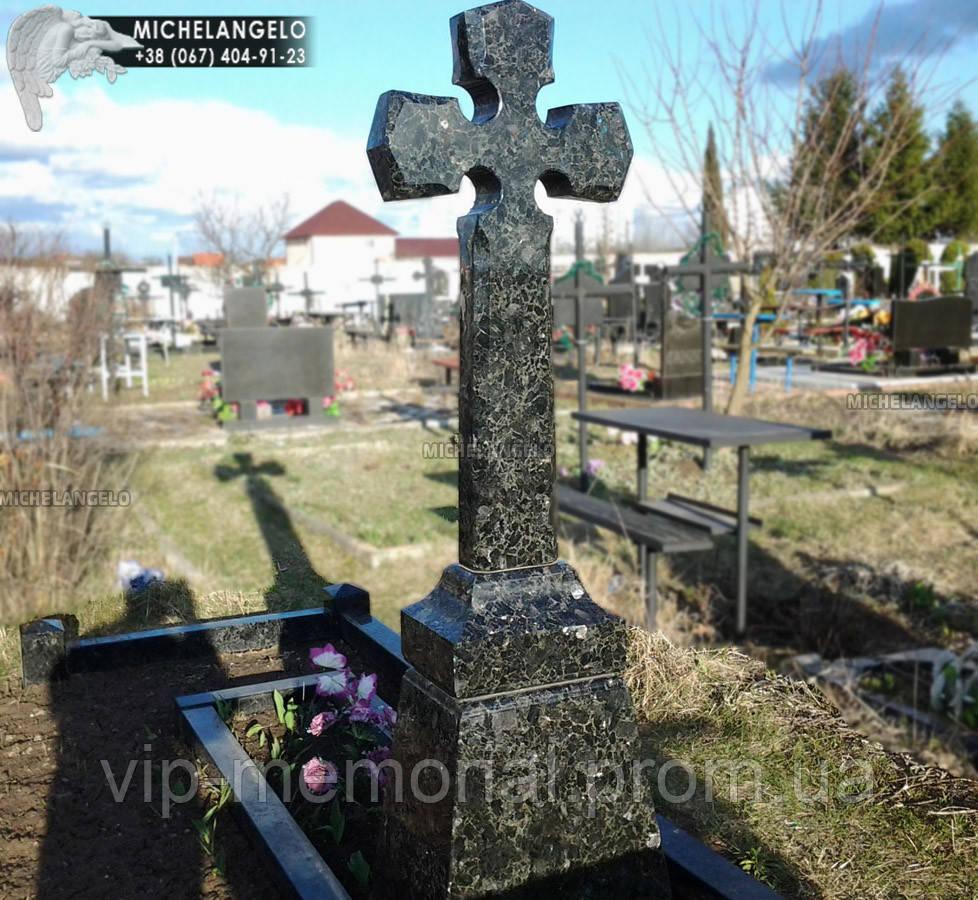 Гранитный крест на могилу Кр-24