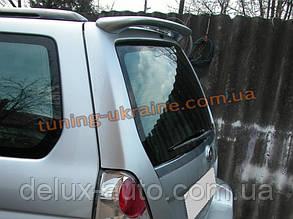 Задний спойлер на Subaru Forester 2003-06
