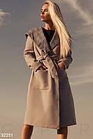 Модное пальто с капюшоном в клетку