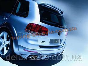 Задний спойлер на Volkswagen Touareg 2003-10