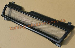 Решетка радиатора ( длинное крыло) на ВАЗ 2109