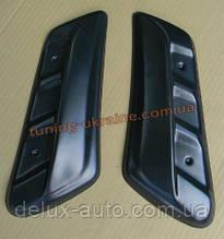 Накладки на задние стойки на ВАЗ 2121