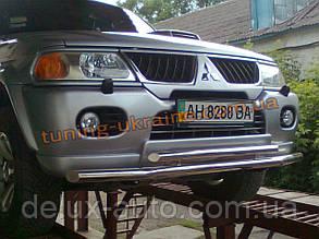 Защита переднего бампера труба двойная D60-42 на Mitsubishi Pagero Sport 2002-2008