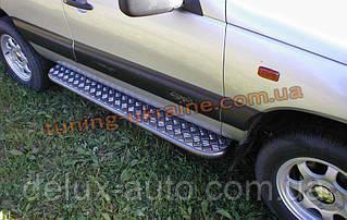 Боковые пороги труба с листом крашенные D42 на Chevrolet Niva 2010
