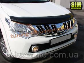 Дефлекторы капота Sim  для Mitsubishi L200 Пикап 2012