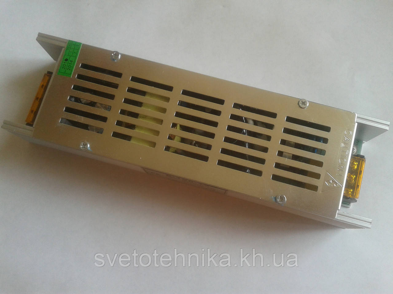 Блок питания понижающий для светодиодных лент 12V 120Вт мини 10A