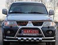 Кенгурятник с двойной дугой и клыками из нержавейки на Mitsubishi Pajero Sport 1998-2008