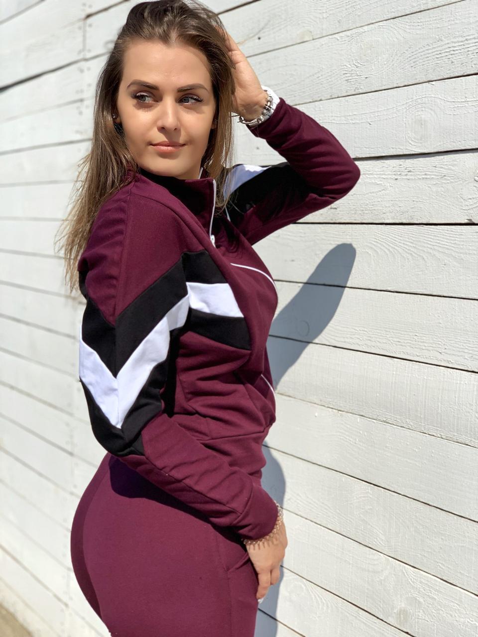 Спортивный костюм трикотажный в трёх цветах