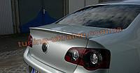 Спойлер на крышку багажника из ABS пластика на Volkswagen Passat B6 2005-2010
