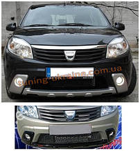 Передний бампер 3 части с ПТФ под покраску на Dacia Sandero 2007-2013