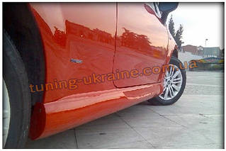 Накладки на пороги под покраску на Fiat Grande Punto 2005