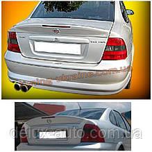 Спойлер со стопом под покраску на Opel Vectra A 1988-1995
