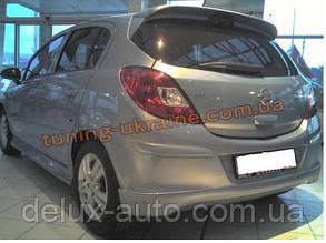 Спойлер без стопа под покраску на Opel Corsa D 2006-2014