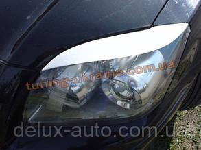 Реснички на фары для Toyota Avensis 2003-2008 седан