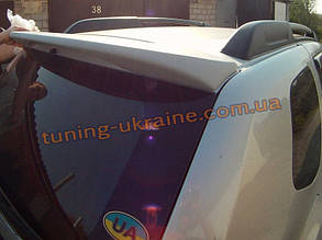 Спойлер на крышу из стеклопластика на Dacia Duster 2010