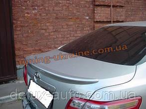Спойлер-сабля из АБС пластика на Toyota Camry XV40 2006-2011