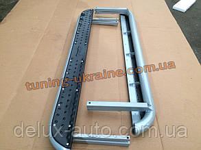 Пороги боковые подножки площадки из метала и абс пластика на Ваз 2121 Нива 4х4 URBAN 2013+