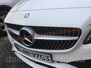 Передняя решетка Diamond на Mercedes E-klass W212 2013-2016 гг