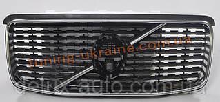 Передняя решетка на Volvo XC90 2015+ гг.